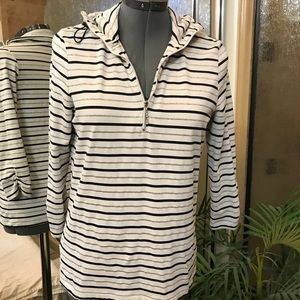 Tops - Athletic pullover size small